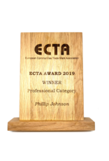 Customized wooden award with laser engraving (250 x 180 x 20 mm)