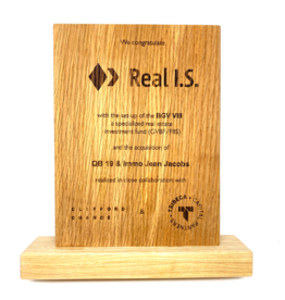 Award in wood (200 x 150 x 20 mm)
