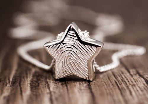 Ash jewellery with fingerprint