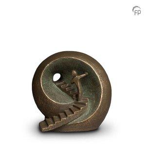Geert Kunen  UGK 041 A Keramische urn brons Naar het licht
