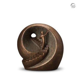 Geert Kunen  UGK 041 B Keramische urn brons Naar het licht