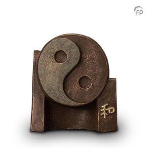 Geert Kunen  UGK 047 A Keramische urn brons Yin-Yang