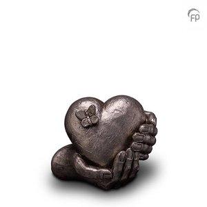 Geert Kunen  UGKS 065 A Keramische urn zilver Hartepijn