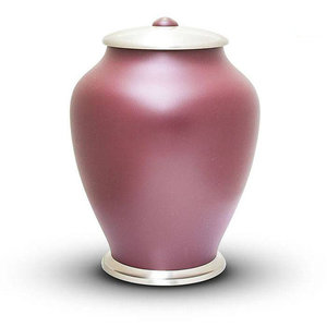 HU 402 Brass urn Simplicity