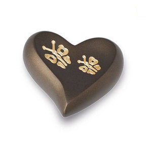 HUH 116 Brass keepsake heart