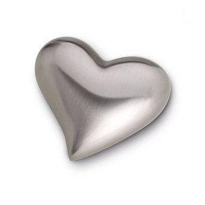 HUH 022 Brass keepsake heart