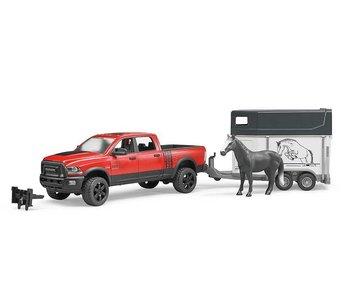 Bruder 02501 - RAM 25 Power Wagon met paardenaanhanger en 1 paard