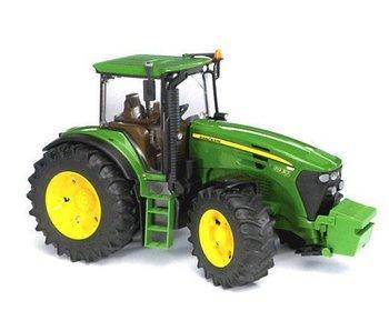 Bruder 3050 - John deere tractor 7930