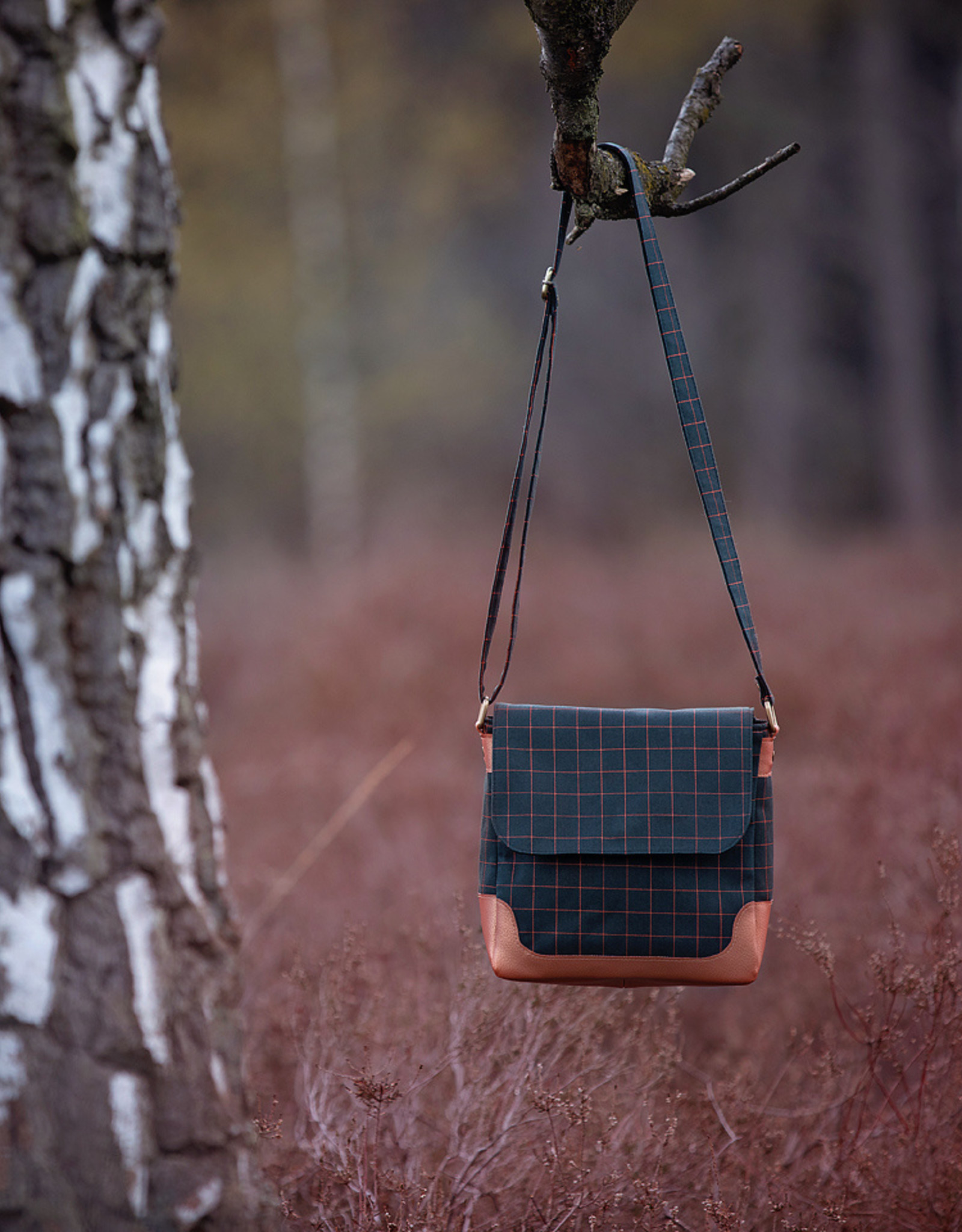 See You at Six Canvas Gabardine - Thin Grid - Forest River