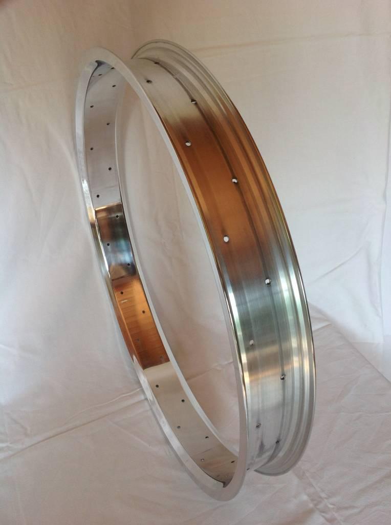 "alloy rim RM65, 24"", polished"