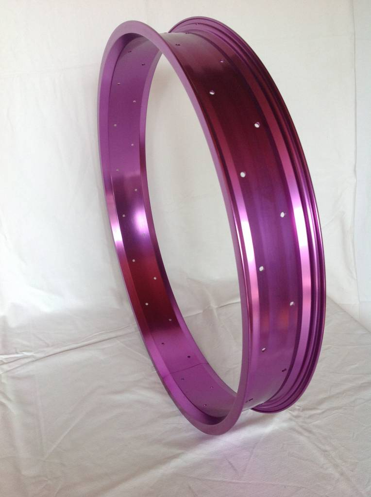 """Alufelge RM80, 26"""", lila eloxiert"""