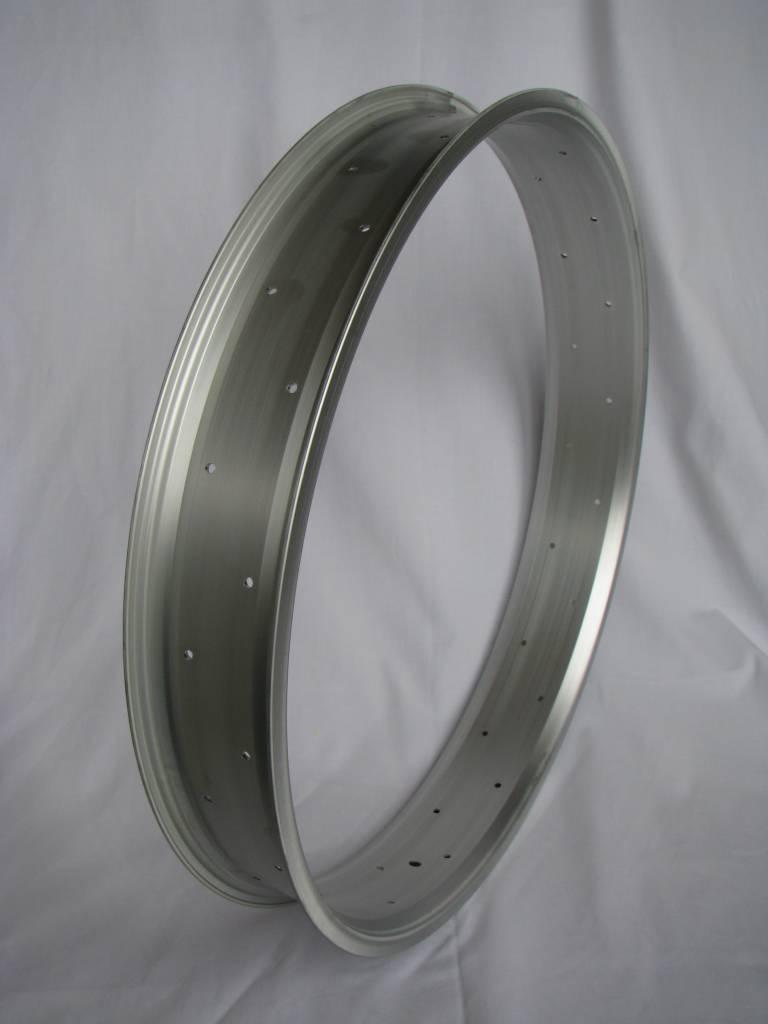 "alloy rim RM80, 26"", silver (matt) anodized, 32h"