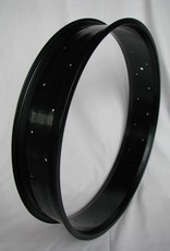 "alloy rim RM100, 26"", black anodized, 32 holes"