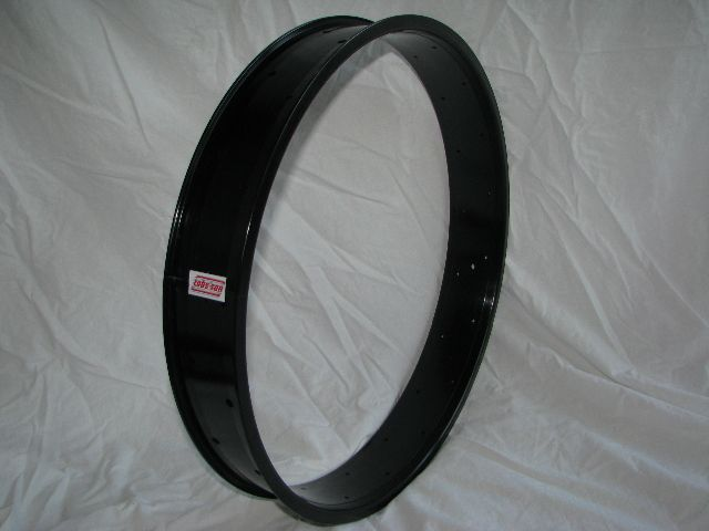 "alloy rim DW80, 24"", 32 h, black anodized"