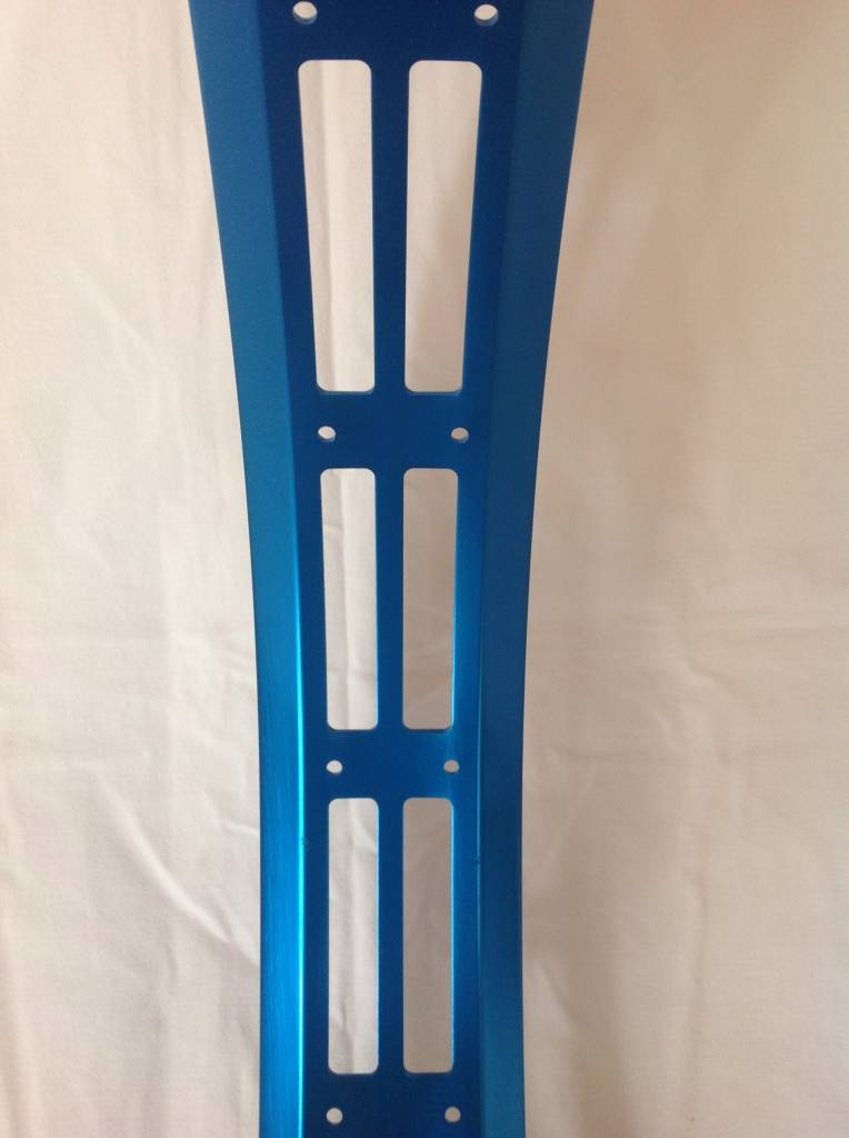 "cut-out rim RM80, 26"", blue anodized, 32 spoke holes"