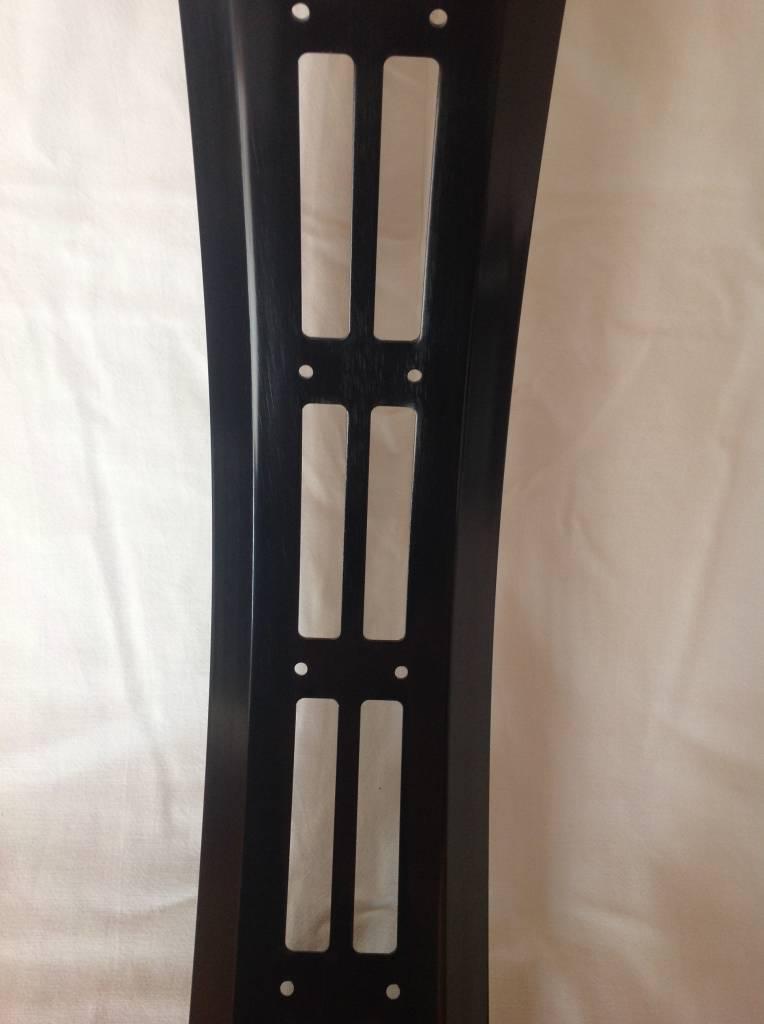 """cut-out rim RM100, 26"""", black anodized, 32 spoke holes, square"""