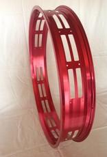 """RM100, 26"""", cut-out eckig, rot eloxiert, 32 Speichenlöcher"""