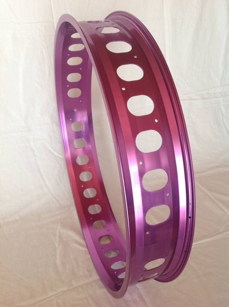 "cut-out rim RM100, 26"", purple anodized, 32 spoke holes, round cut-outs"