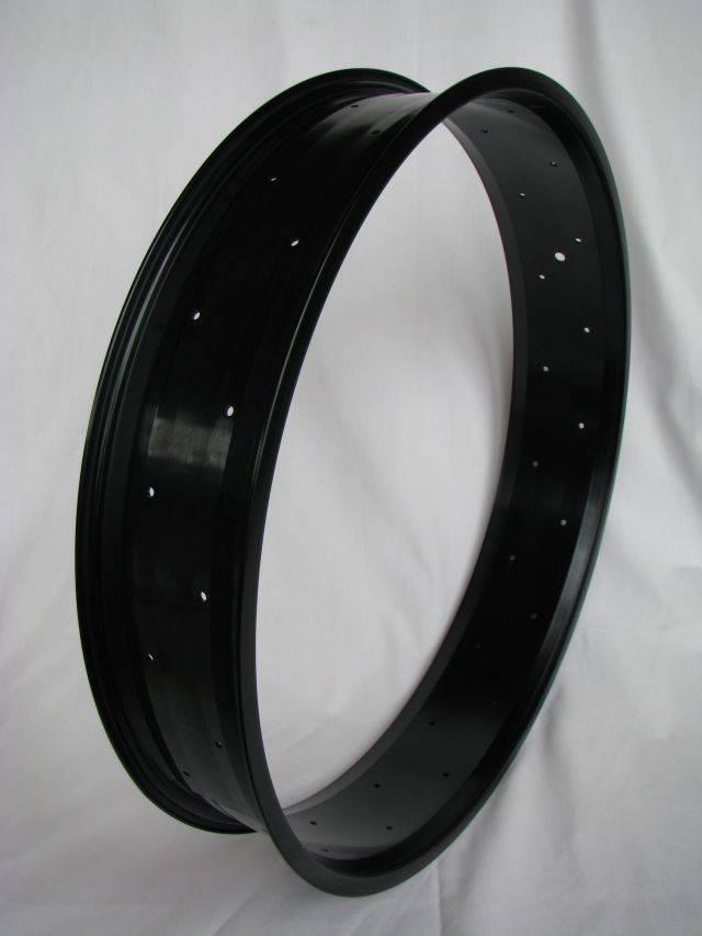 "alloy rim RM100, 24"", black anodized"