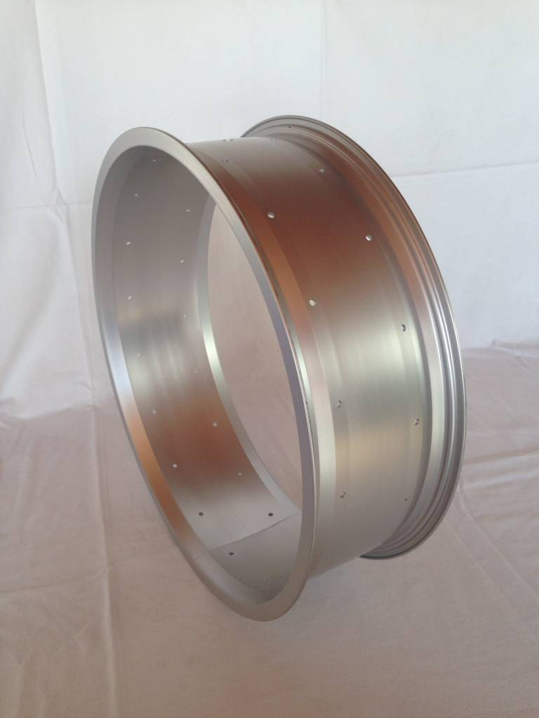 "2nd choice alloy rim RM130, 20"", silver (matt) anodized"
