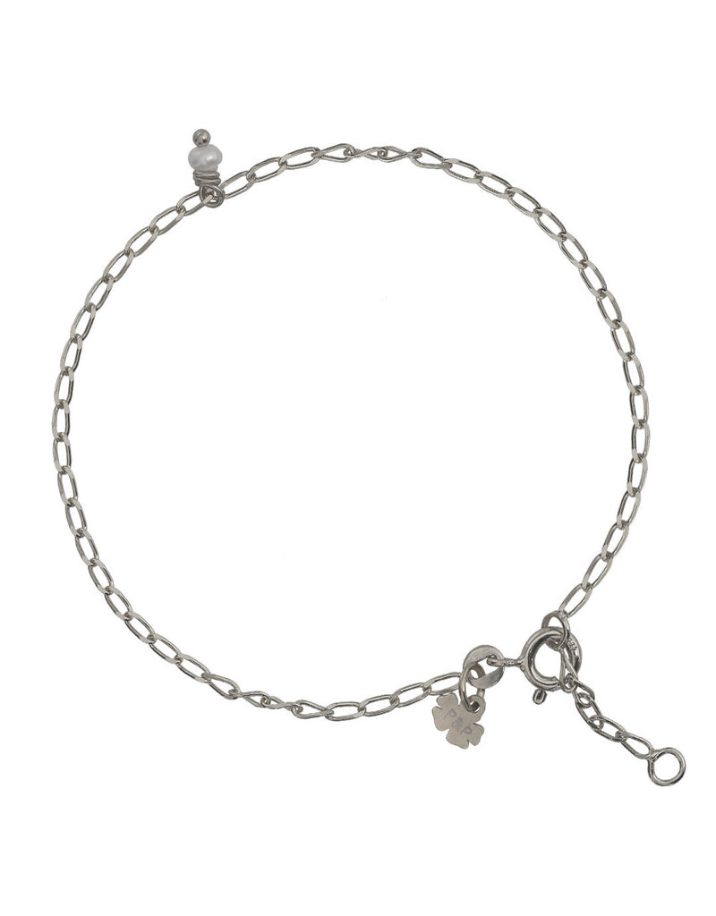 Pimps and Pearls Fine Pearl Bracelet 01 Silver