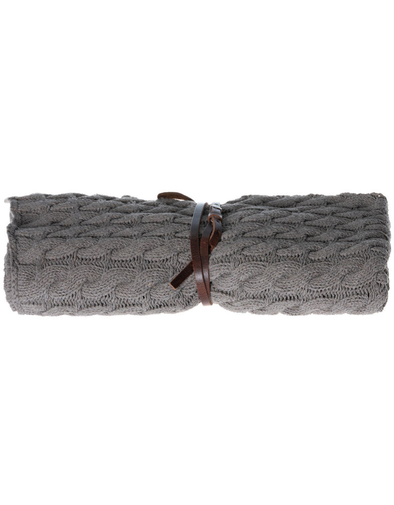 Pimps and Pearls Cable Knit XL 04 Rocky Nature