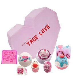 Bomb Cosmetics Bath Blaster True Love Giftset