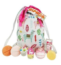 Bomb Cosmetics Bath Blaster Alpaca My Bag Giftset