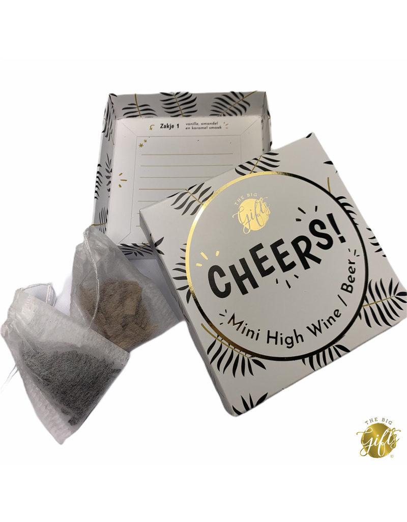 The Big Gifts Kaart en cadeau in een luxe doosje - Mini high wine/beer - Cheers