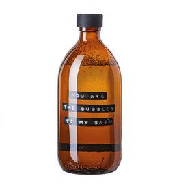 Wellmark Badzeep bamboe bruin glas zwarte dop 500ml 'you are the bubbles to my bath'