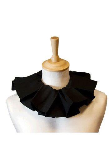 Pietkraag geplooid - Zwart