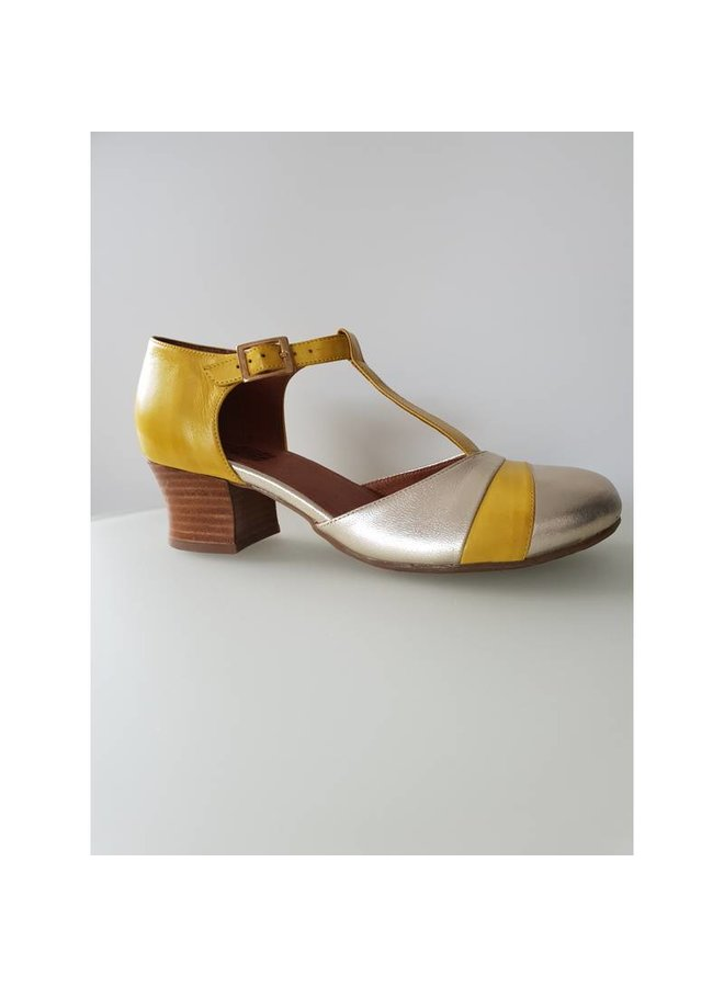 Miz Mooz Fremont Gold/Yellow  Last size 37!