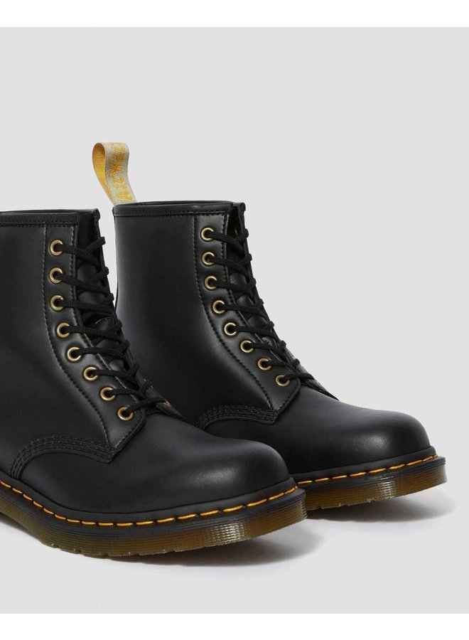Dr Martens Vegan 1460 black felix rub off