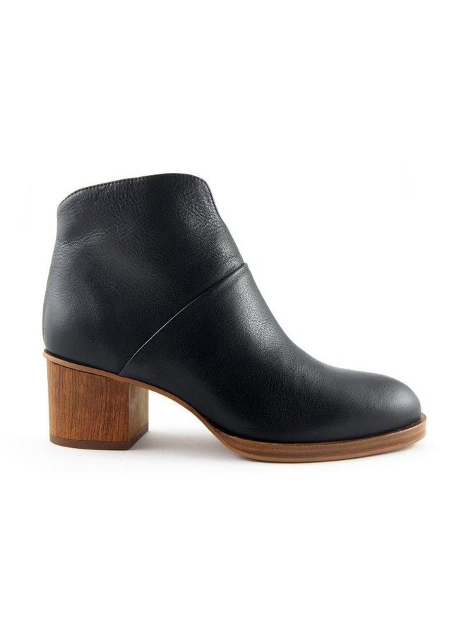 Thiron Clover black