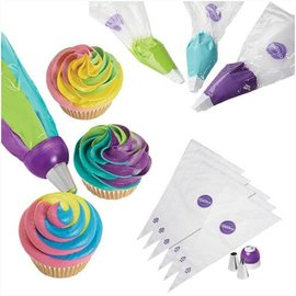 Wilton Wilton ColorSwirl Tri-Color Coupler Decorating set 9