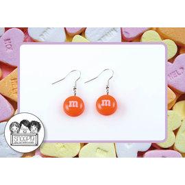 Snoepig Snoepig Oorbellen - M&M hangertjes (oranje)