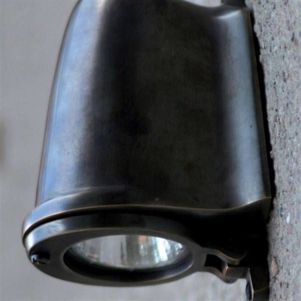 Applique extérieure descendante rustique bronze GU10