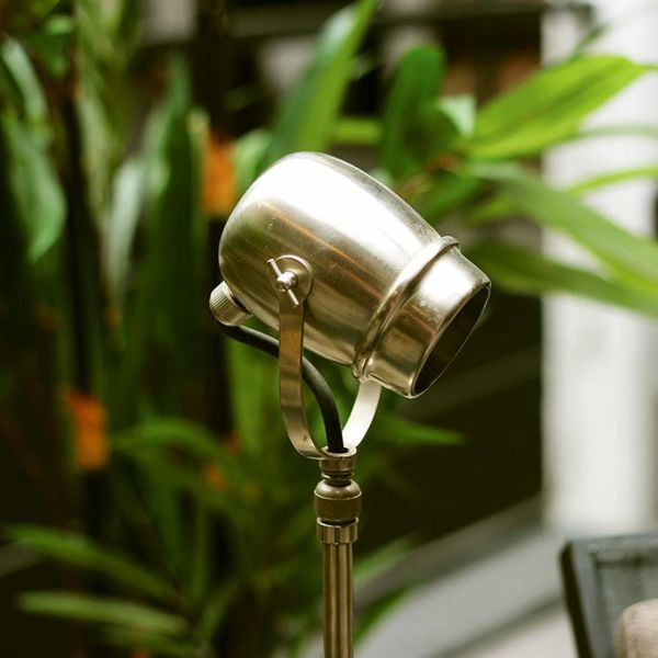Lampe sur pied rustique bronze, nickel, chrome