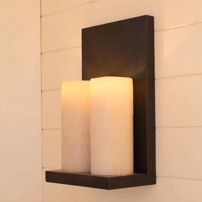Landelijke wandlamp met 2 flikkerende LED kaarsen
