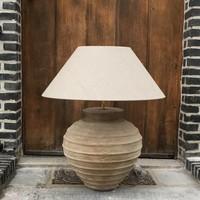 Lampe en terre cuite avec abat-jour