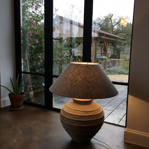 Stenen lamp met lampenkap 77 - 90 cm H