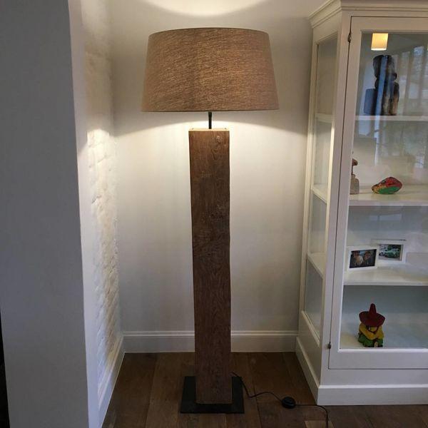 Houten vloerlamp met kap landelijk
