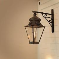 Gevellantaarn brons landelijke stijl voor 1 of 2 lampen
