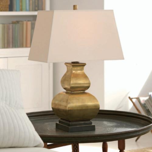 Luxe tafellamp messing met vierkante lampenkap