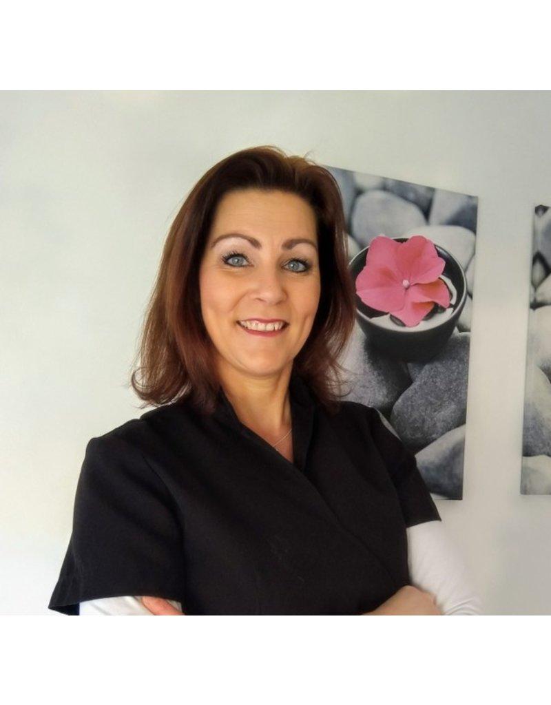 Onbeperkt 40% korting op huid behandeling bij Schoonheidssalon La Belle Visage in Mijnsheerenland