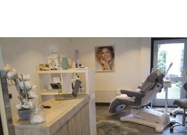 Salon La Belle Visage - Diamant Microdermabrasie behandeling met 40% korting