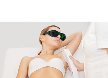 Take time 4 beauty - 1 e behandeling definitief laser ontharen van beiden oksels met 5,- korting