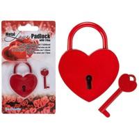 Liefdesslotje in hartvorm met sleuteltje