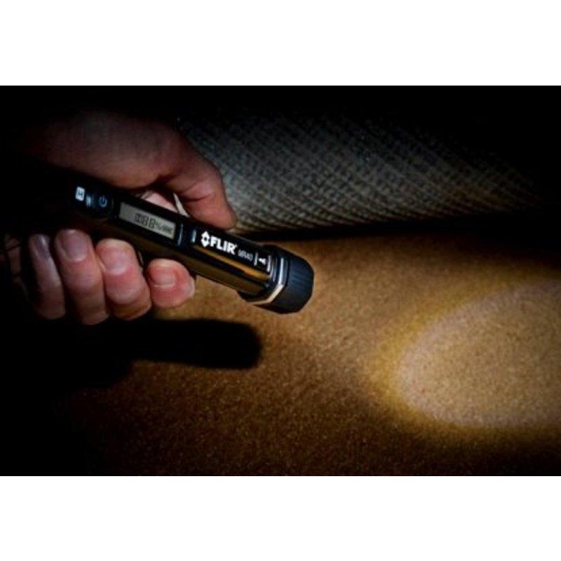 FLIR MR40 vochtmeter en zaklamp in 1