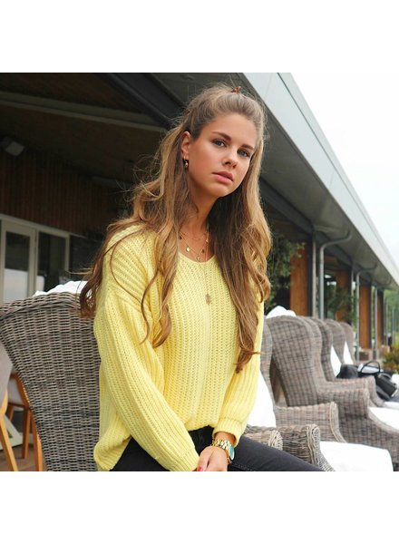 Knitted Sweater Yellow